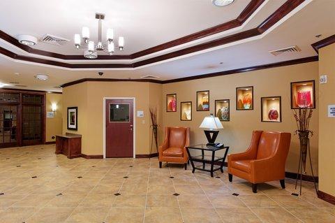 фото Holiday Inn Express Florence Northeast 488251540