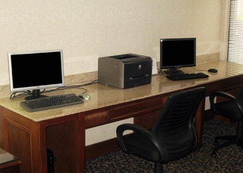 фото Comfort Suites Cumming 488251792