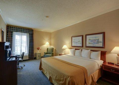 фото Quality Inn & Suites Yacht Club Basin 488254276