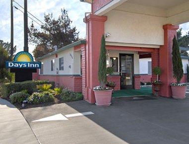 фото Days inn Salinas Airport 488256995