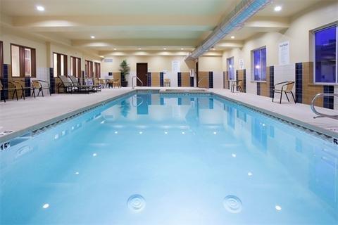 фото Holiday Inn Express Hotel & Suites Lamar 488258357