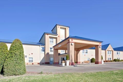 фото Holiday Inn Express Dodge City 488258608