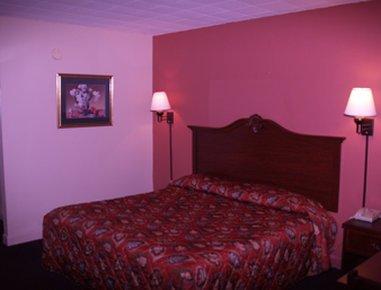 фото Huntsville Knights Inn 488259528