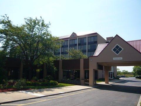 фото Radisson Hotel & Suites - Eastlake 488259968