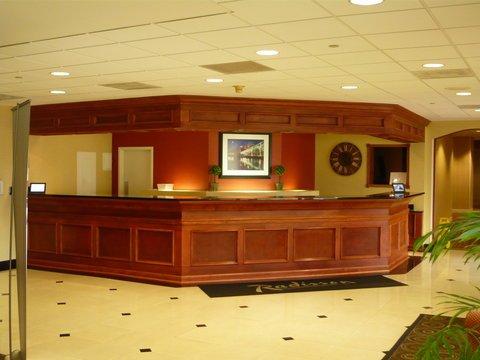 фото Radisson Hotel & Suites - Eastlake 488259970