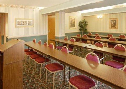 фото Comfort Inn Grundy 488260338