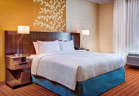 фото Fairfield Inn and Suites Hutchinson 488262506