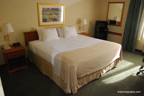 фото Holiday Inn Price 488262605