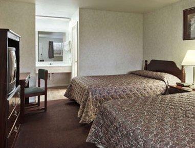 фото Days Suites Fredericksburg Tx 488265507