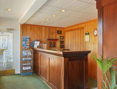 фото Days Inn Bar Harbor 488266257