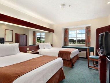 фото Microtel Inn & Suites - Meridian 488267635