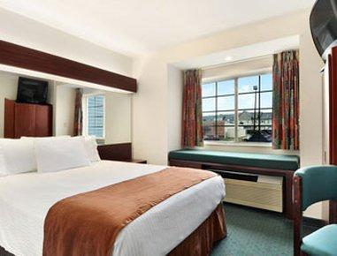 фото Microtel Inn & Suites - Meridian 488267637