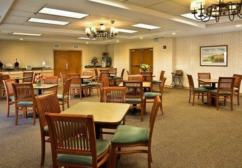 фото Best Western Rocky Mountain Lodge 488268672