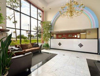 фото Howard Johnson Express Inn & Suites Lakefront Park Kissimmee 488269452