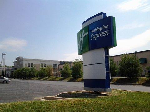 фото Holiday Inn Express Edgewood-I-95 488270810