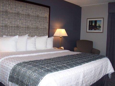 фото Holiday Inn Hotel & Suites Chicago-Carol Stream/Wheaton 488271645