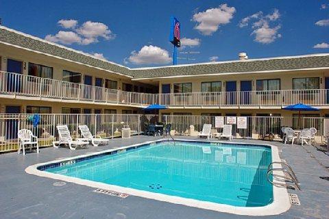 фото Motel 6 San Marcos 488273681