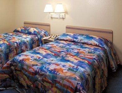 фото Motel 6 Phoenix Tempe - Broadway - ASU 488274093