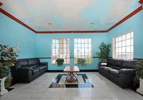 фото Comfort Inn & Suites Beachfront 488274479