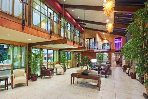 фото Holiday Inn Cape Cod 488275088