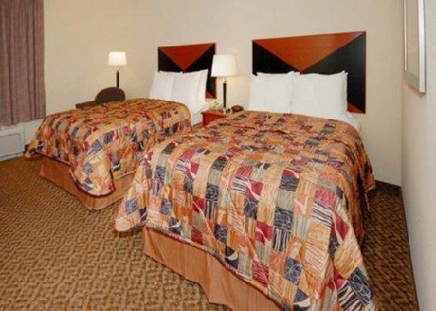 фото Sleep Inn & Suites 488275543
