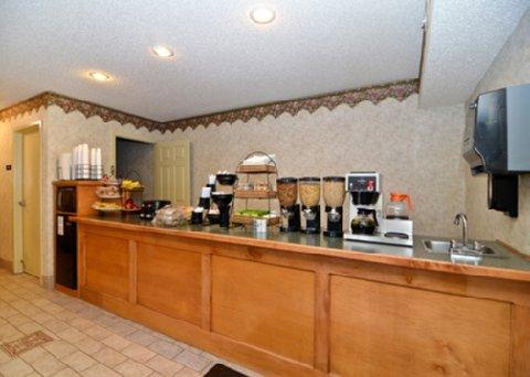 фото Econo Lodge Villa Rica 488277024
