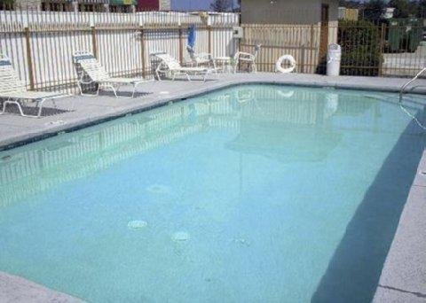 фото Magnuson Hotel Denham Springs 488278186