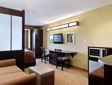 фото Microtel Inn & Suites by Wyndham Marietta 488278705