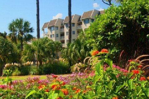 фото Shorewood Oceanfront Condos 488279646