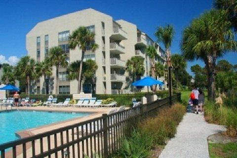 фото Shorewood Oceanfront Condos 488279648