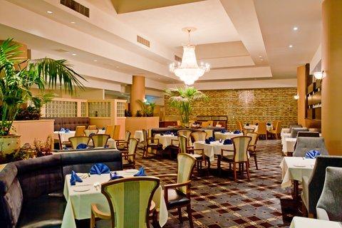 фото Crowne Plaza Hotel Los Angeles Harbor 488282575