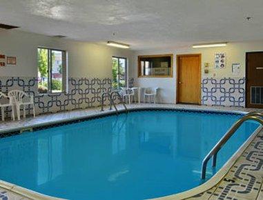 фото Super 8 Motel - Pekin/Peoria Area 488284485