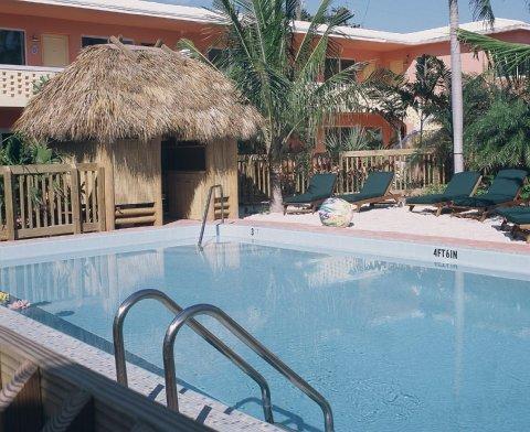 фото Crane`s BeachHouse Hotel & Tiki Bar 488285340