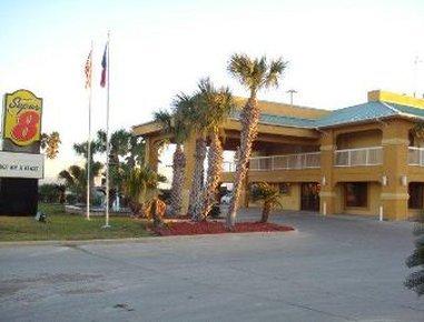 фото Super 8 Corpus Christi/Bayfront Area 488287515