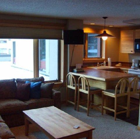 фото Village at Breckenridge Resort 488289387