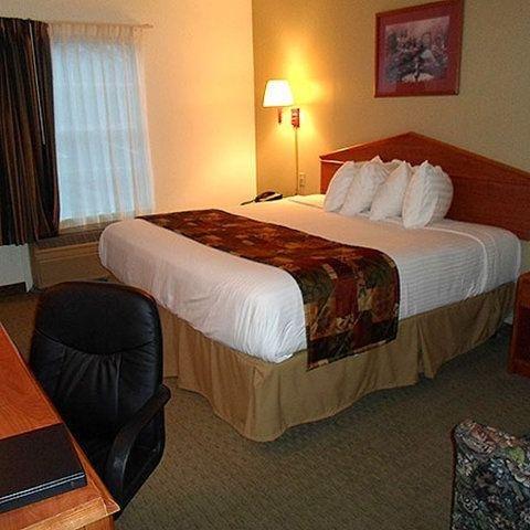 фото Magnuson Hotel Countryside 488290184