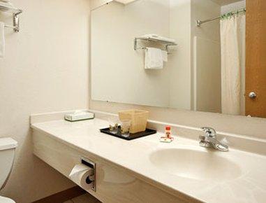 фото Super 8 Motel - Portage 488290974
