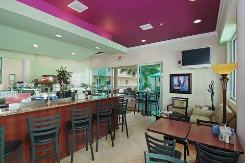 фото Sunset Vistas Beachfront Suite 488291156