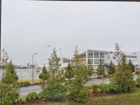 фото Coast Gateway Hotel 488291771