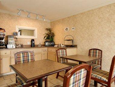 фото Super 8 Motel Heth Earle Area 488294157