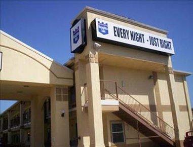 фото Knights Inn Fort Worth TX 488297035