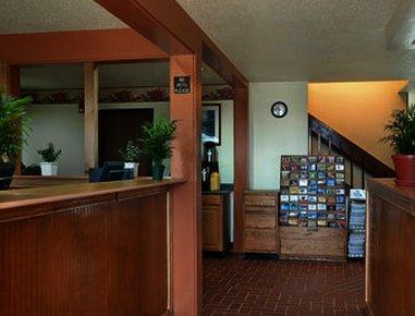 фото Super 8 Motel Michigan City 488297858