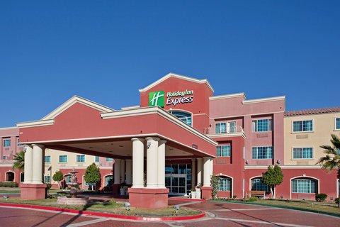 фото Holiday Inn Express Hotel & Suites El Centro 488298727