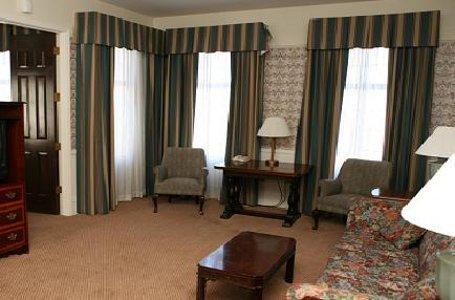 фото Holiday Inn San Pedro 488299266