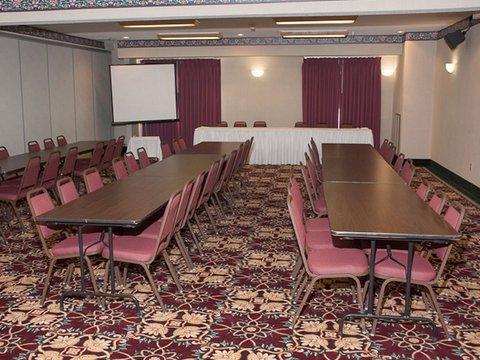 фото La Quinta Inn & Conference Center Auburn 488299297