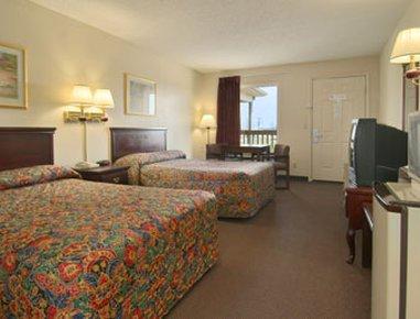 фото Super 8 Motel - Whiteville 488299373