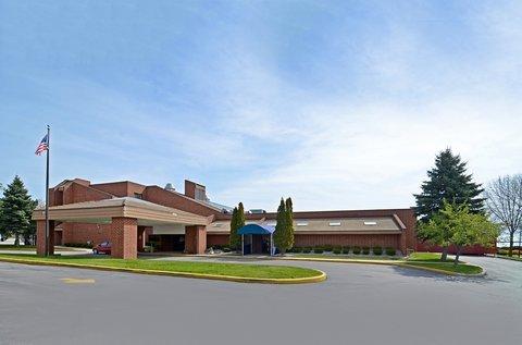 фото Best Western Lakefront Hotel 488299739