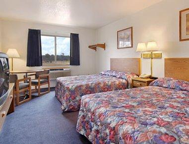 фото Super 8 Motel - Grayling 488300407