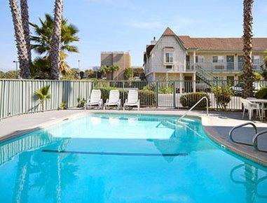 фото Super 8 San Bernardino/Hospitality Lane 488301138