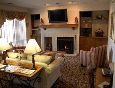 фото Hawthorn Suites by Wyndham Holland / Toledo 488301352